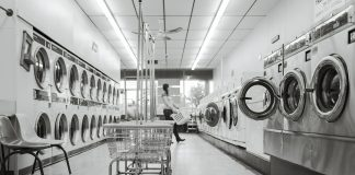 How to start a Laundromat business in Dubai?
